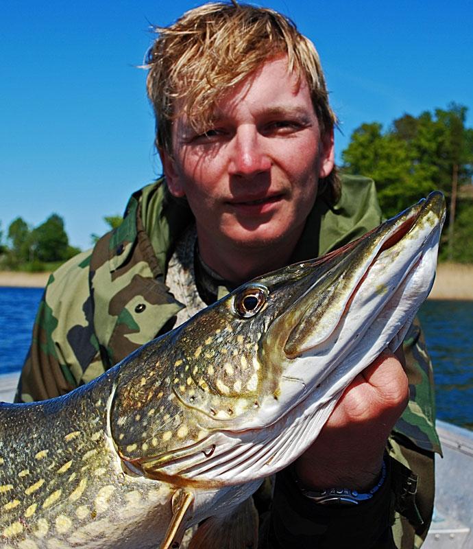 portret - szczupak - www.przewodnicywedkarscy.pl - wyprawy na ryby.jpg