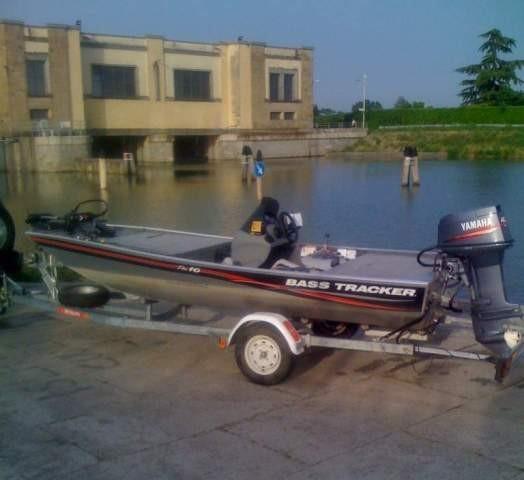 Bass boat - Włochy - www.przewodnicywedkarsy.pl - Wyprawy wędkarskie