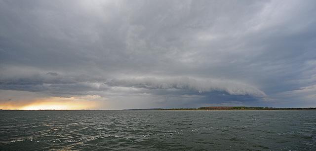 Burza na Bałtyku - www.przewodnicywedkarscy.pl - Wyprawy wędkarskie
