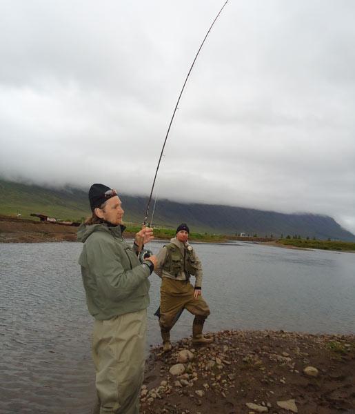 Islandia - łowienie z przewodnikiem - www.przewodnicywedkarscy.pl - Wyprawy wędkarskie