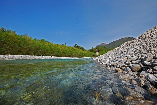 Czysta woda w Tolmince - Słowenia - Łowienie na muchę - www.przewodnicywedkarscy.pl - Wyprawy wędkarskie