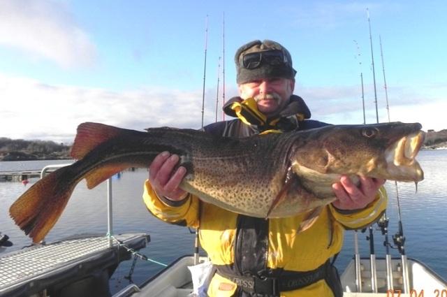 Wyprawy na ryby do Norwegi - www.przewodnicywedkarscy.pl - Wyspa Hitra