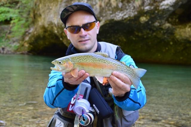 Wyprawy na muchę z przewodnikiem - www.przewodnicywedkarscy.pl - Fly Fishing