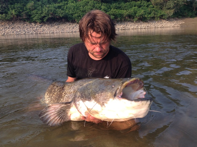 Rzeka Pad - www.przewodnicywedkarscy.pl - Wyprawy na suma do Włoch